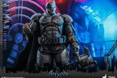 hot-toys-batman-xe_4