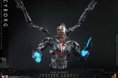 hot-toys-cyborg_2
