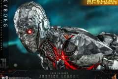 hot-toys-cyborg_3
